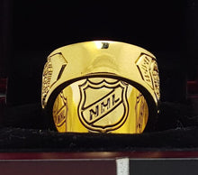 Load image into Gallery viewer, Montreal Canadiens Stanley Cup Ring (1979)