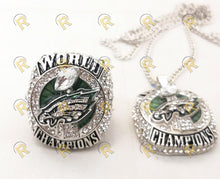 Load image into Gallery viewer, NEW Philadelphia Eagles Super Bowl Pendant and Chain (2018)
