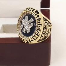 Load image into Gallery viewer, New York Yankees World Series Ring (1998)