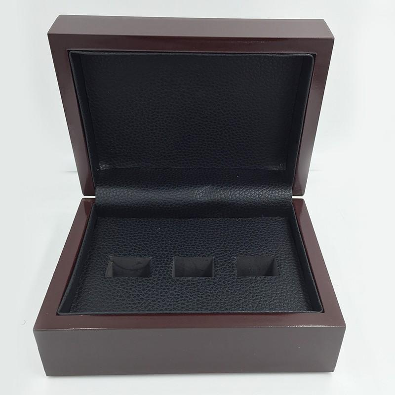 Solid Wooden Box?(3 Holes)