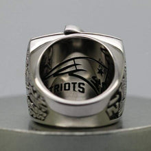 Load image into Gallery viewer, SPECIAL EDITION New England Patriots Super Bowl Ring (2004) - Premium Series