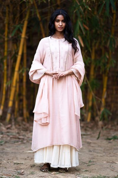 BLUSH THIN CHANDERI EMBROIDERED KURTA SET ( NR-12 )