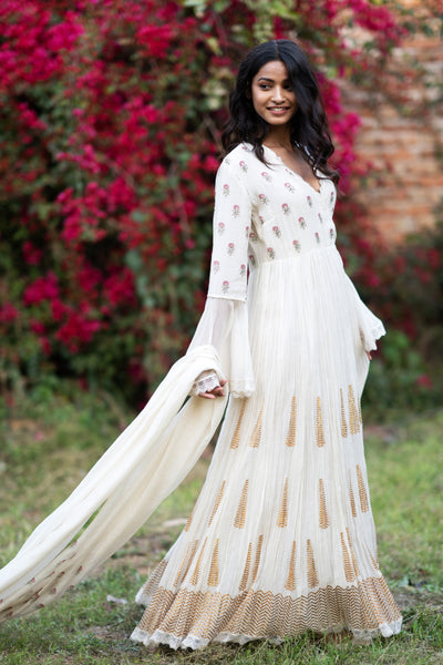 IVORY CHANDERI CHINAR BOOTA PRINTED & EMBROIDERED ANARKALI SET ( NR-07 )