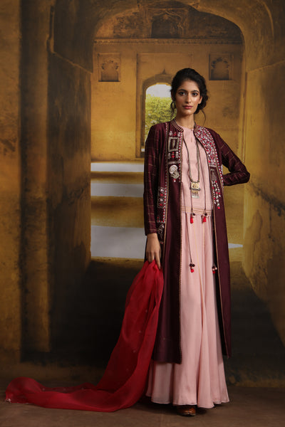 Zardozi Embroidered Floral & Horse Motif Detailed Kurta Set (MP-02/Wine)