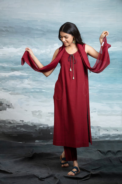 MAROON TUNIC WITH PANT & STOLE ANT-01A