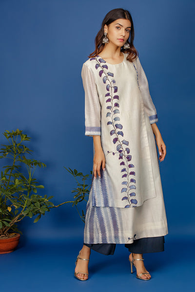 Leaf & Stripe Printed Kurta With Fabric Buttons. Ivory