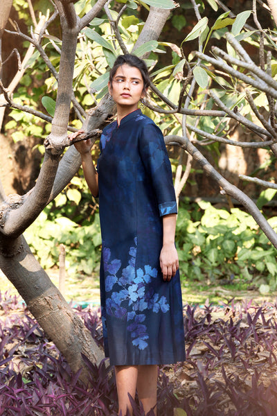 Fern-leaf Printed Kurta With Contrast Trim On Collar. Indigo