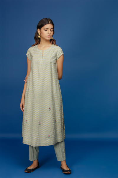 Embroidered Kurta With Cape & Straight Pants. Aqua