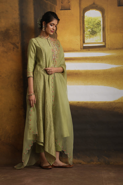 Miniature Painting Inspired Embroidered Kurta Set (MP-01/OLIVE)