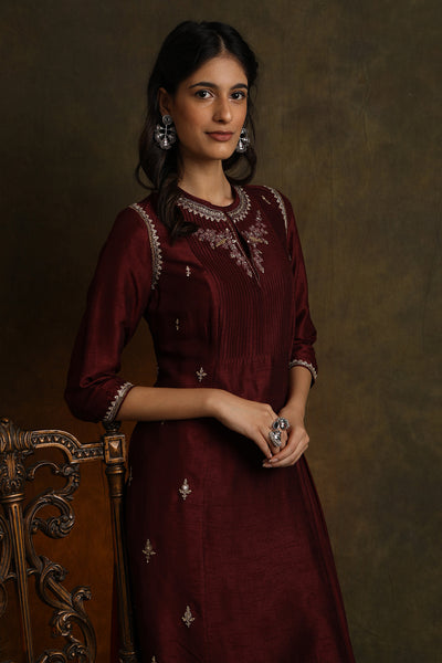 Floral Booti Embroidered Asymmetrical Pin-tucks Kurta With Straight Pants (YMN-05)