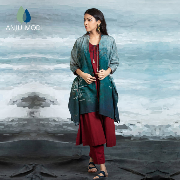TEAL CAPE WITH MAROON TUNIC & PANT ANT-01