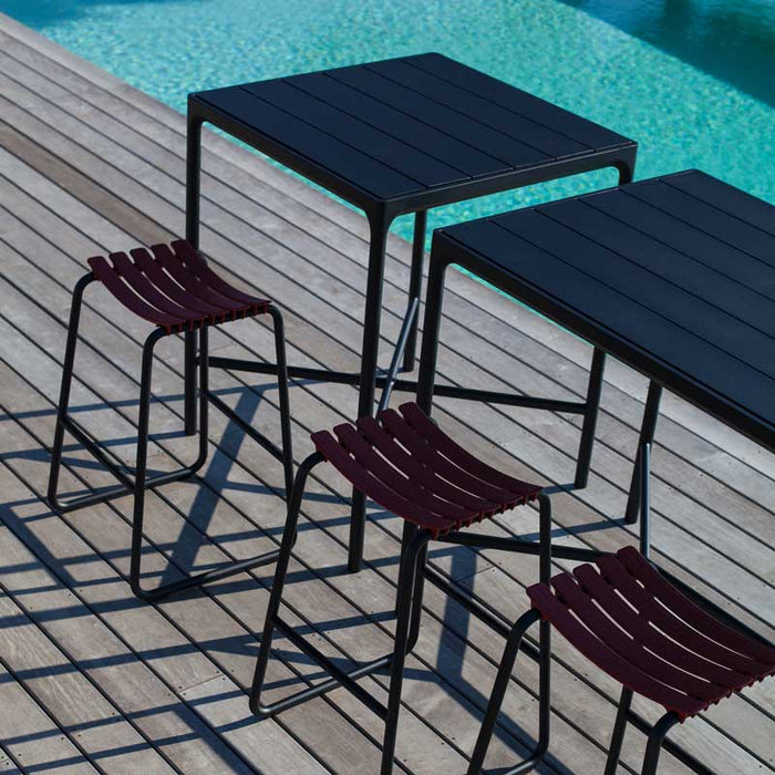 FOUR Indoor/Outdoor Bar Leaner Table 160x90 Bamboo Top / Black Frame
