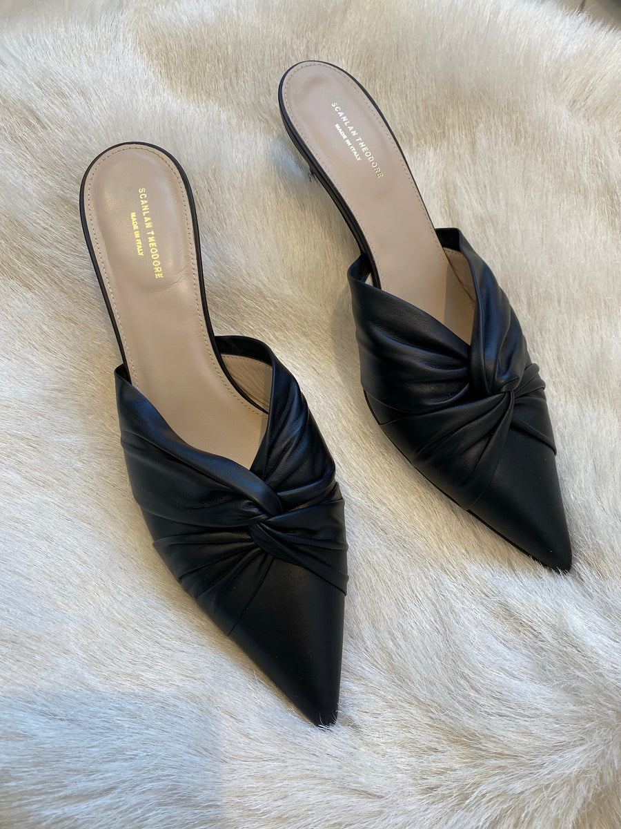 Scanlan Theodore black kitten heels
