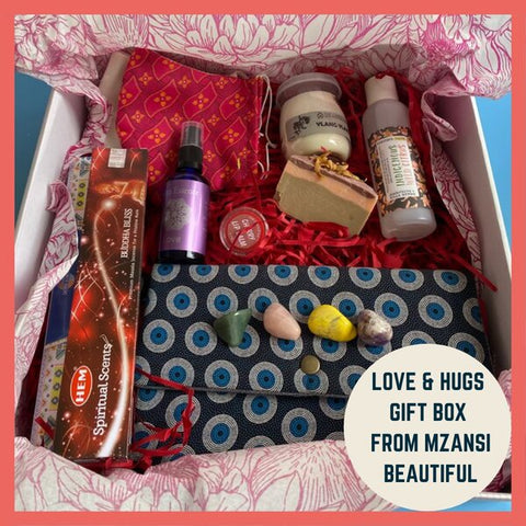 love and hug gift box