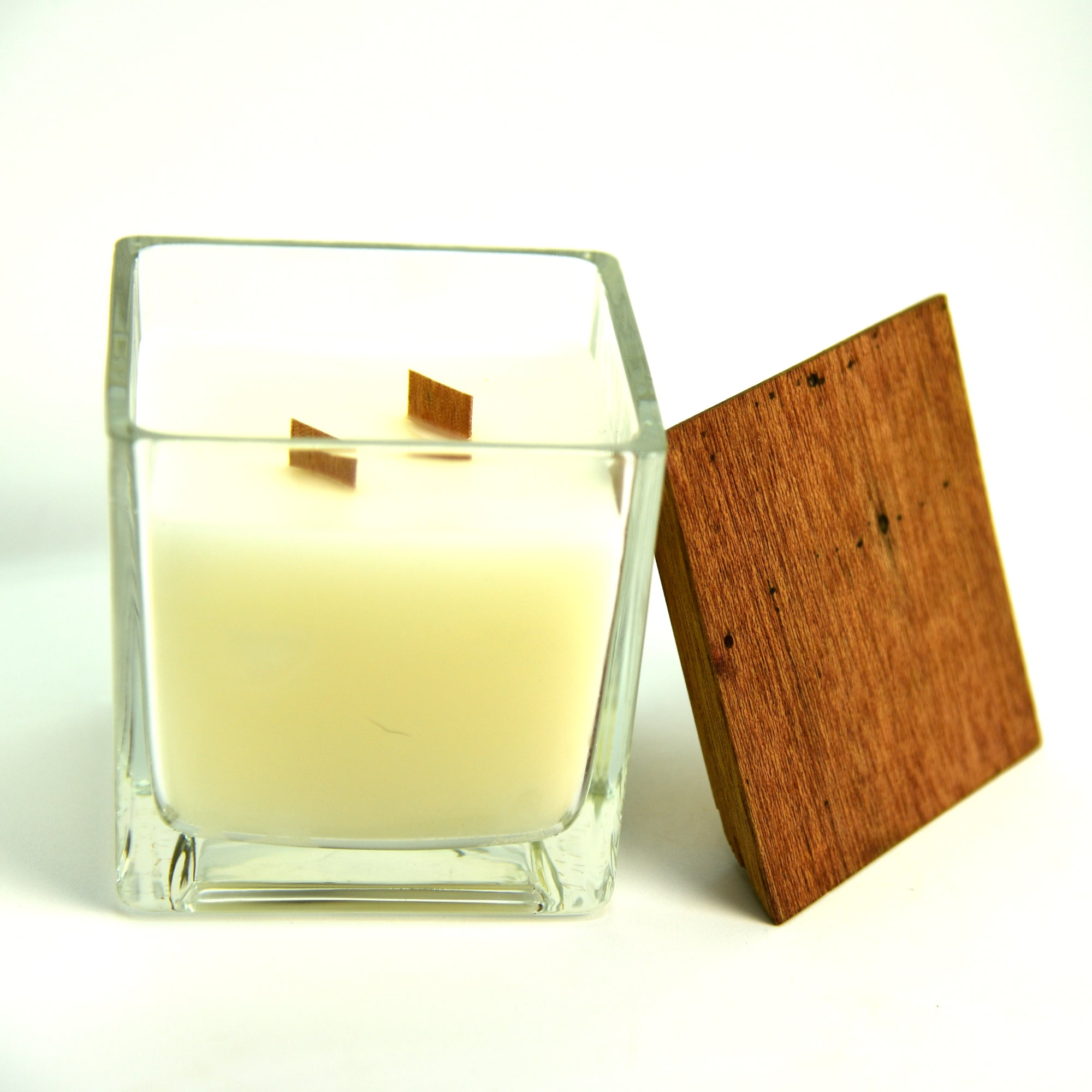Fragranced and wooden wick Candle (Square with Wooden Top 10cm)