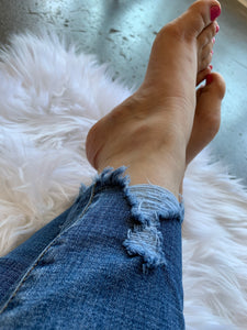 High Rise Light Wash Distressed Ankle Jeans