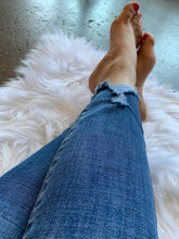 Load image into Gallery viewer, High Rise Light Wash Distressed Ankle Jeans