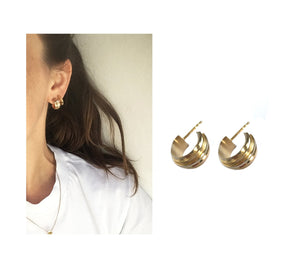 YouTurn earring / tiny