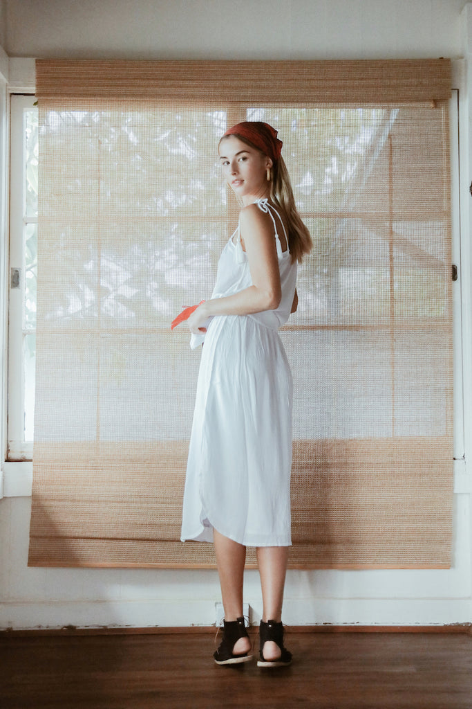 Loves Me Knot Skirt - White