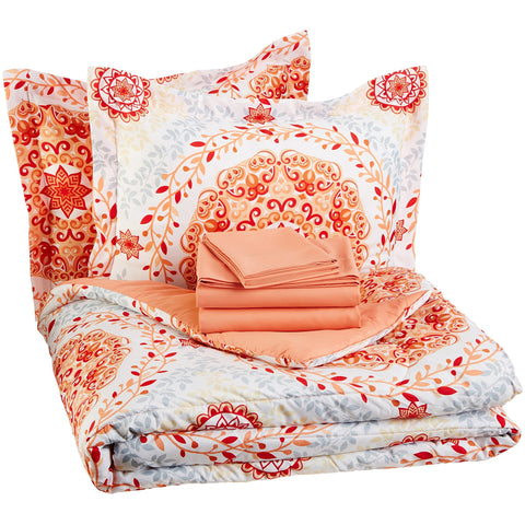 AmazonBasics 7-Piece Bed-In-A-Bag - the cozzee project