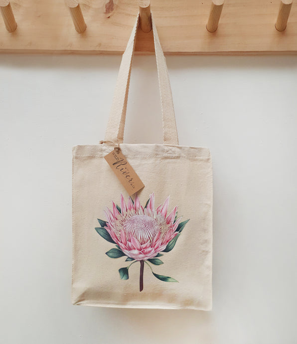 King Protea Tote Bag