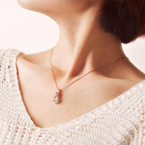 Rebel. Dancing Stone Pendant Necklace 925 Sterling Silver Rose Gold Color XFN8100