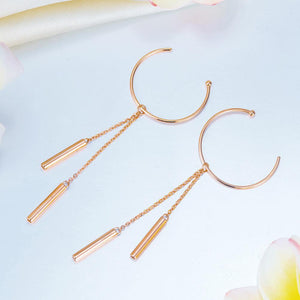 Rebel. Solid 18K/750 Rose Gold Dangle Hook Stylish Earrings