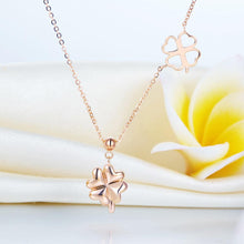 Load image into Gallery viewer, Rebel. Solid 18K/750 Rose Gold Clovers Necklace