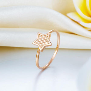 Rebel. Solid 18K/750 Rose Gold Star Ring