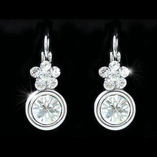 Load image into Gallery viewer, 2.5 Carat Flower Earrings use Austrian Crystal XE050