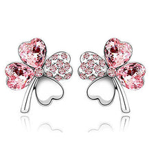 Load image into Gallery viewer, 4 Leaf Clover Flower Light Pink Earrings use Austrian Crystal XE520