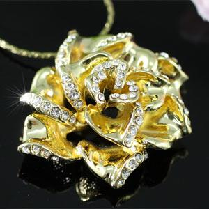 Gold Plated Rose Necklace use Swarovski Crystal XN238