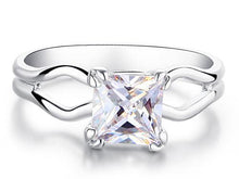 Load image into Gallery viewer, 0.75 Carat Princess Cut Lab Created Diamond Ring XR200