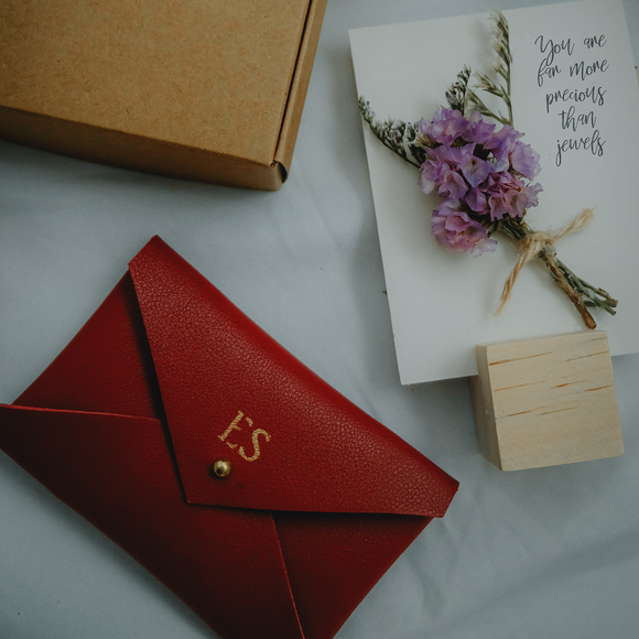 Pockets of Love to Mama - Red Pouch + Flower Card