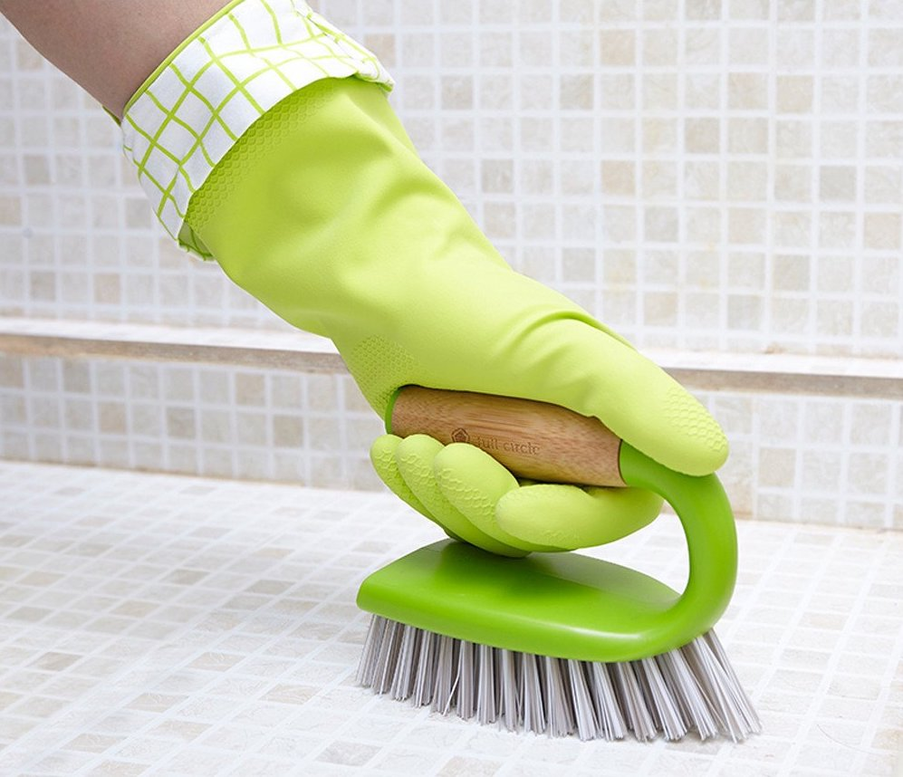 What are the best Bathroom Scrubbing Brushes?
