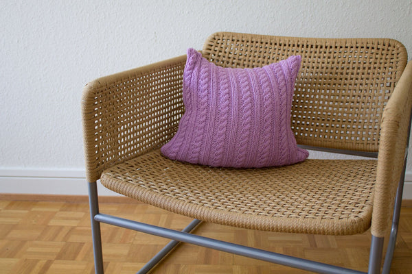 Twisted Cable Knit Cushion (Amethyst)
