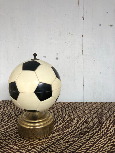 Distributeur de cigarette - Ballon de foot - Vintage