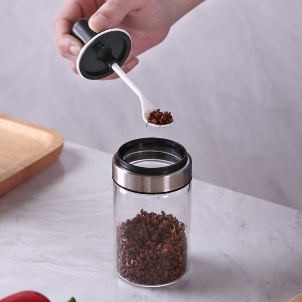 1Pce Kitchen Supplies Glass Spice Jars With Spoon Seasoning Bottle Salt Storage Box Pepper Shakers Glass Seasoning Container