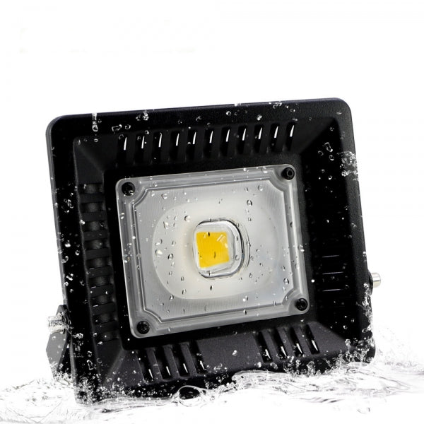 30W IP65 Waterproof Anti-thunder Temperature Control Ultrathin LED Flood Light White (AC170-300V)