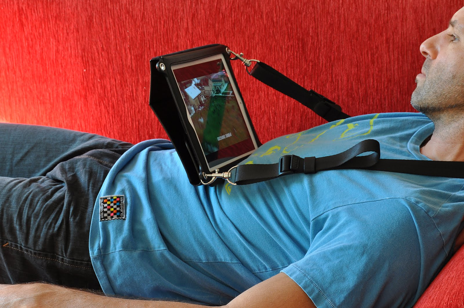 Use hands-free Across case to watch movies