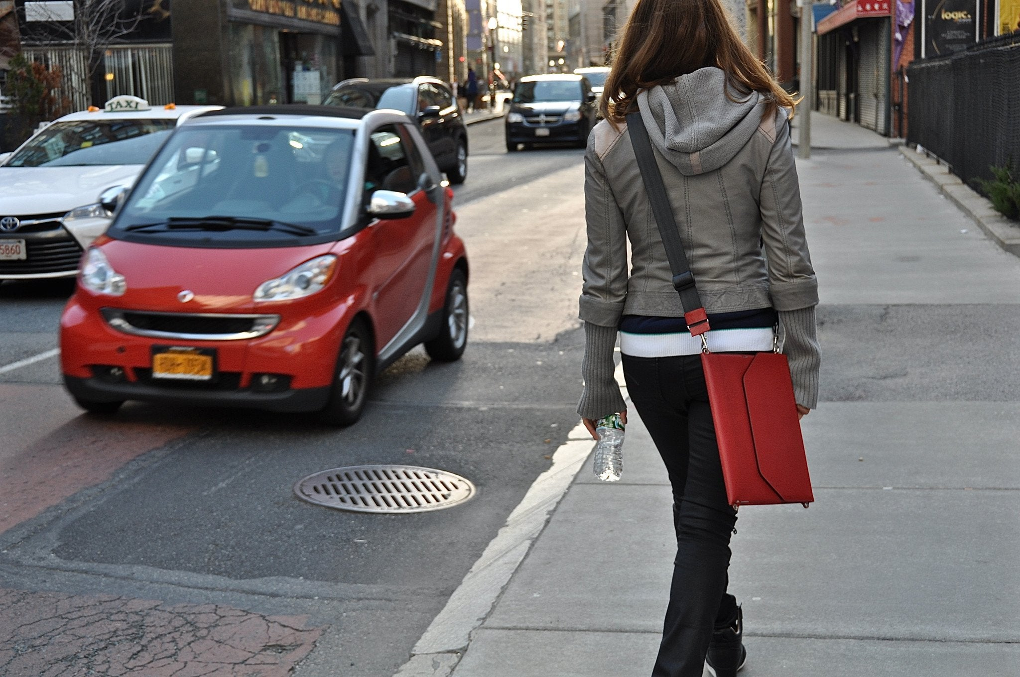 Now you can carry your iPad as a sleek vertical messenger