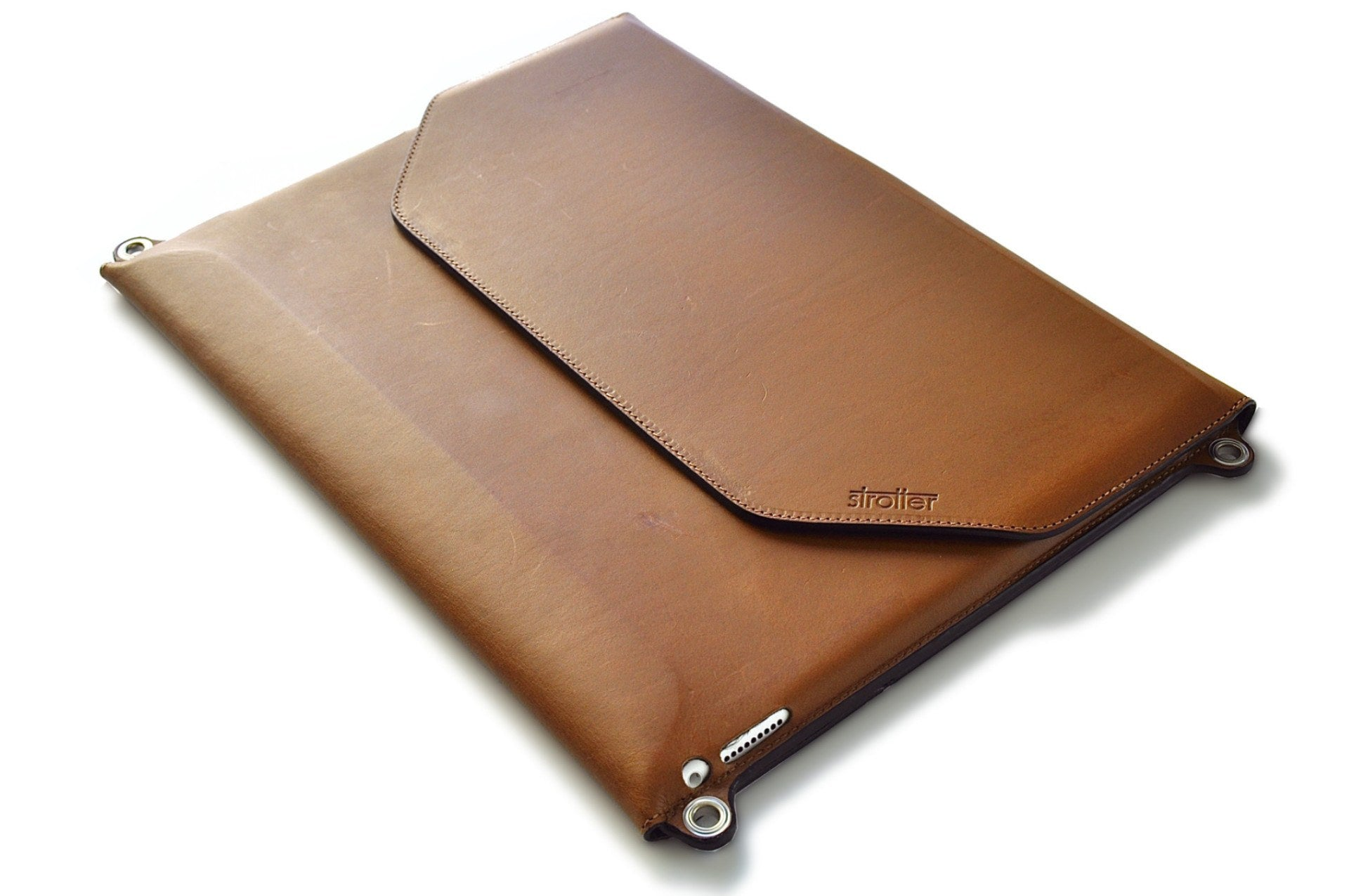 Leather case for ipad Pro with strap. Made in Italy.
