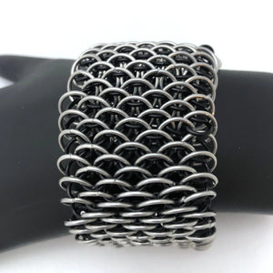 Dragonscale Cuff - Wide