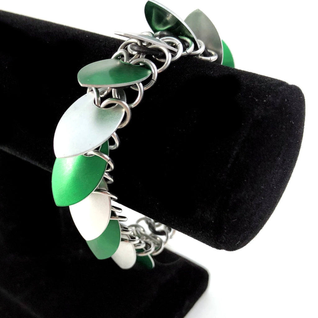 Green and Silver Scalemaille Bracelet