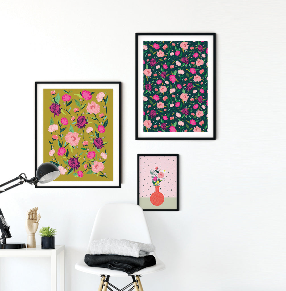 PEONIES FLOWERS - הדפס נוריות בחאקי Large poster