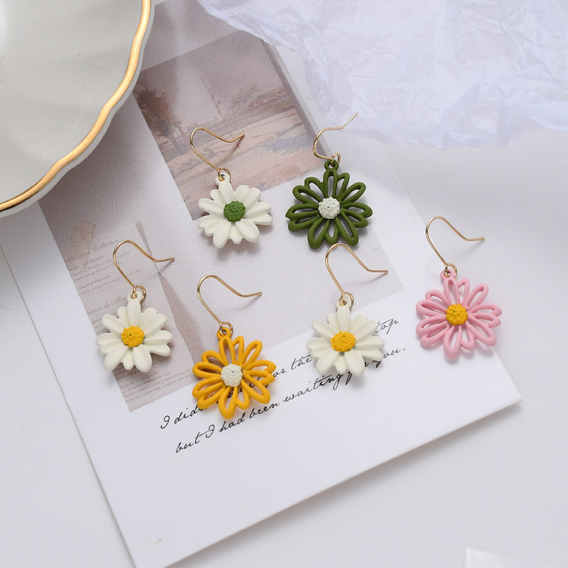Denise Daisy Earrings