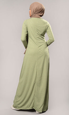 products/AJ6973-StripesAbayaDress.jpg