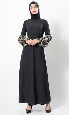 products/Bold_floral_treat_solid_abaya-AJ1079-front-zoom.jpg