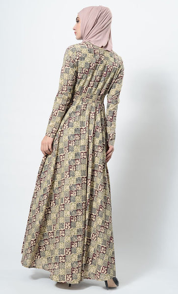 Quirk cube printed abaya-final sale