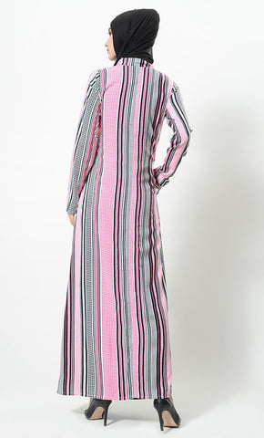 products/Stack_of_lines_printed_abaya-AJ1086-back-zoom.jpg
